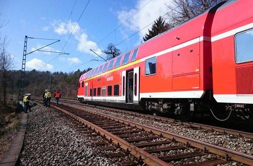 Arbeiten behindern weiter Zugverkehr