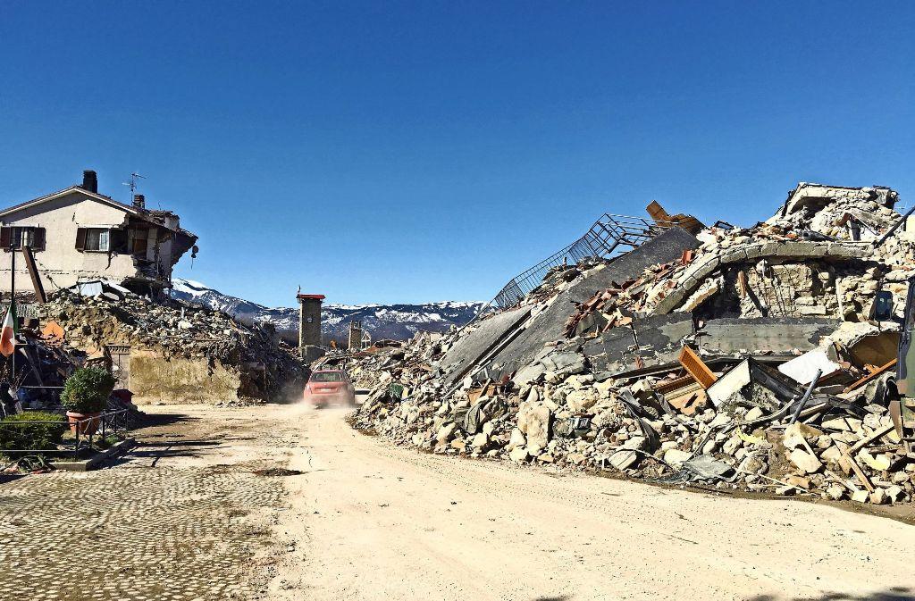 Sechs Monate nach dem Erdbeben: Amatrice und der lange Weg ...