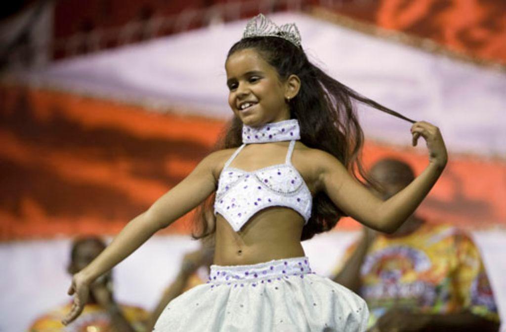 Karneval in Rio de Janeiro: Siebenjährige Sambakönigin