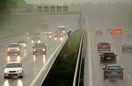 EU-Kommission: Feinstaub-Alarm an der Autobahn