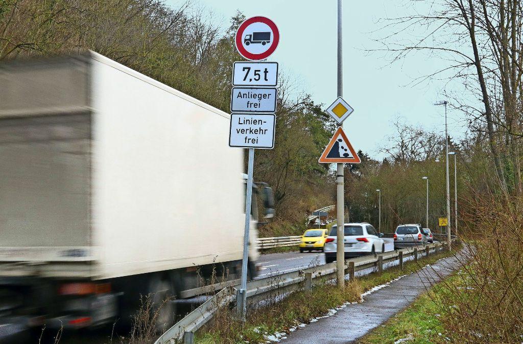 Verkehr in Remseck: Große Laster sind in Hochberg nun tabu