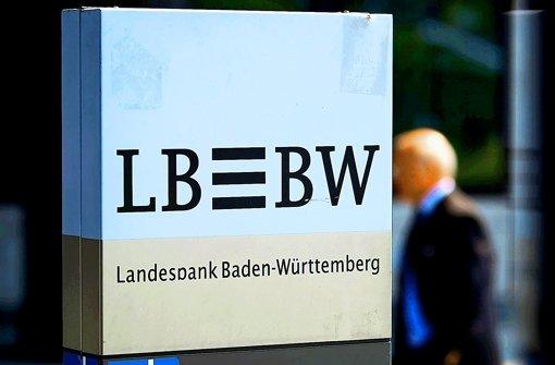 Die Stadtverwaltung will die LBBW stärken und einen Teil ihrer stillen Einlagen bei der Bank in voll haftendes Eigenkapital umwandeln. Foto: Michael Steinert