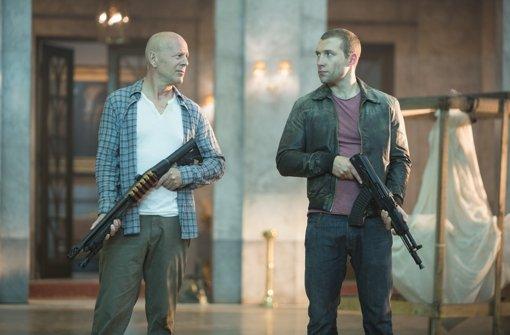 Bruce Willis als CIA-Agent mit seinem Sohn Foto: Verleih