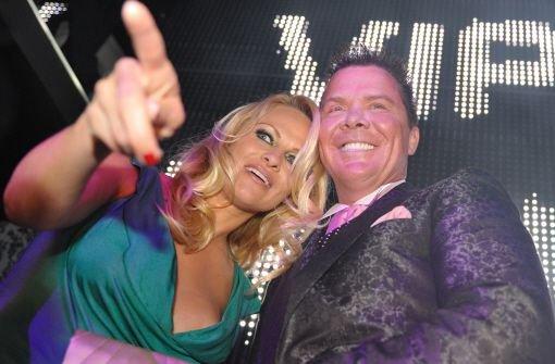 Prinz Marcus von Anhalt kennt die Schönen und die Reichen - auch Pamela Anderson war schon auf seinen Partys zu Gast. Foto: dpa