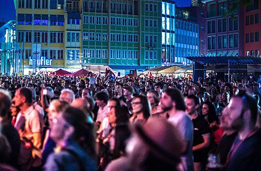 Marktplatz Stuttgart: Sommerfestival der Kulturen