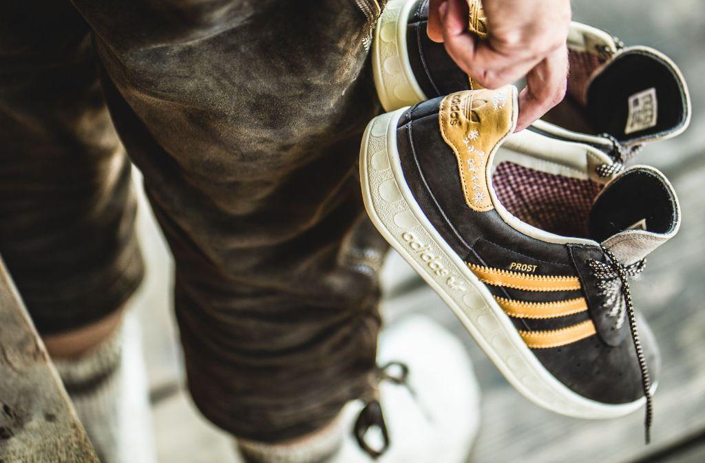Trends für den Cannstatter Wasen: Prost Sneaker von Adidas
