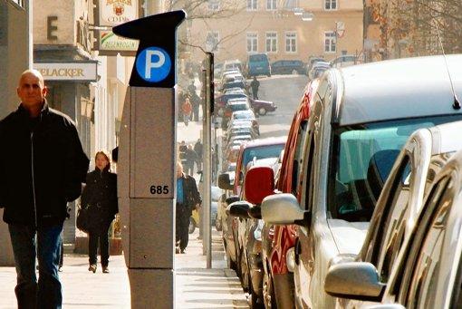 Die Stadtverwaltung untersucht, in welchen Innenstadtbezirken ein Parkraummanagement sinnvoll ist. Foto: Archiv/Weise