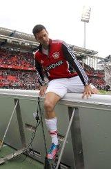 bMichael Ballack/b: Mittelfeld, 35 Jahre, zuletzt Bayer Leverkusen.br Foto: dpa