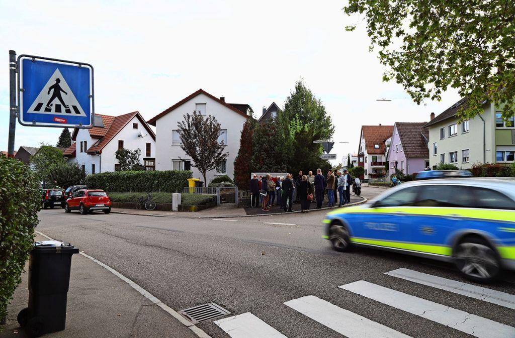 Verkehr in Fellbach - Sperrpfosten sollen nun Fußgänger schützen - Stuttgarter Zeitung