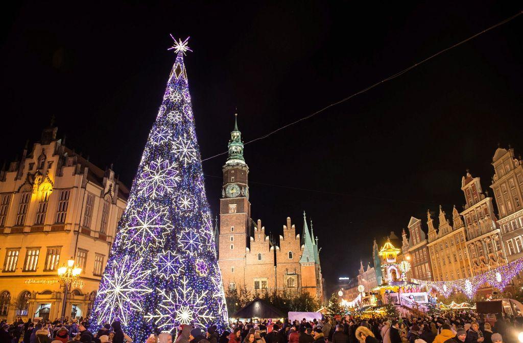 Wann Wird In New York Der Weihnachtsbaum Aufgestellt.Advent Rundum Den Globus Die Schönsten Weihnachtsbäume Der Welt
