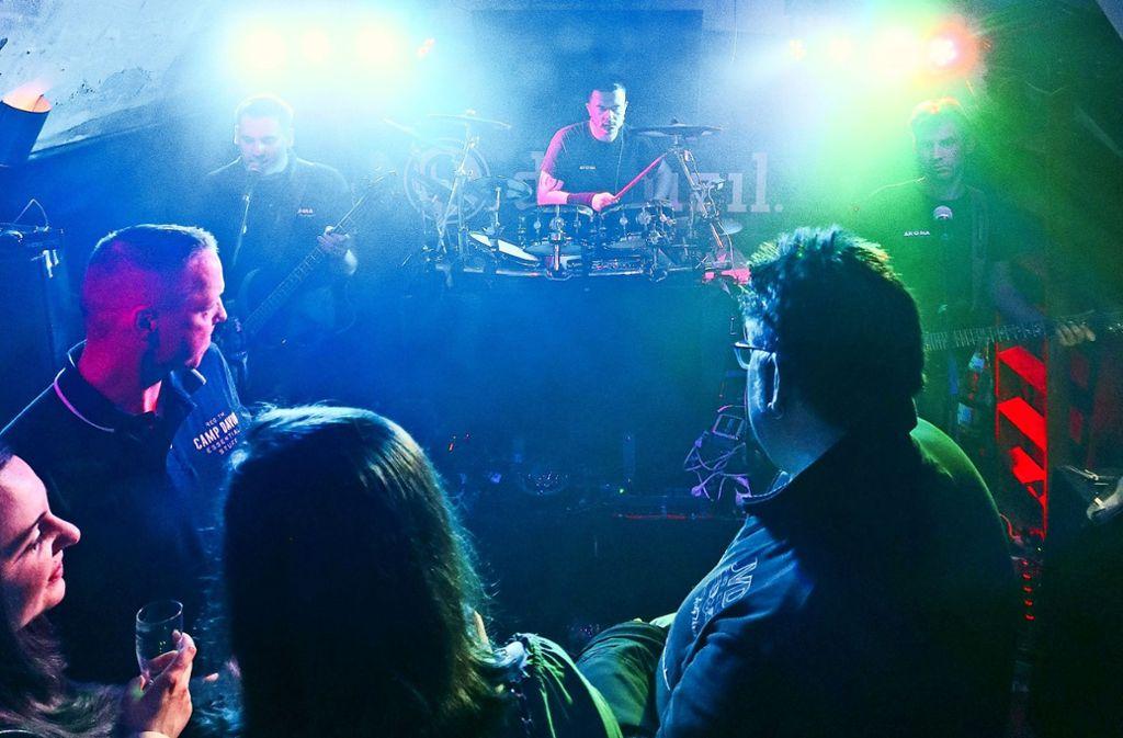 Große Party Bei Der Leonberger Musiknacht Völlig Losgelöst Bis Tief