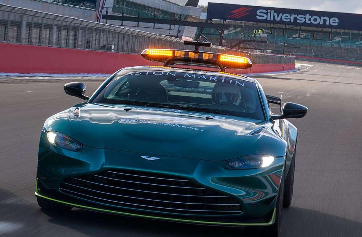 Mercedes Und Aston Martin Wechseln Sich Ab Das Saftey Car In Der Formel 1 Ist Jetzt Grün Sportmeldungen Stuttgarter Zeitung