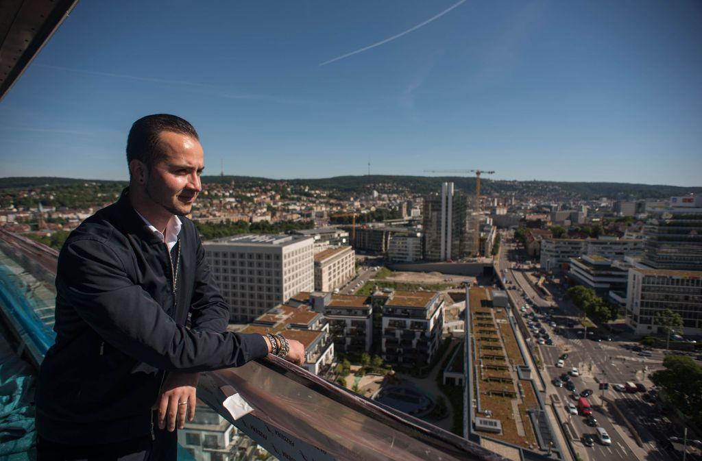 Cloud Nr 7 In Stuttgart Luxus Tower Auf Der Zielgeraden