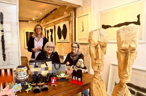 Drei Frauen sind die Macherinnen des Kunstraum 5. Foto: Achim Zweygarth