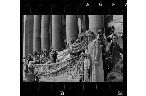Kessel unter Druck. Protest in Stuttgart 1945-1989 ab 14.12. im Stadtarchiv Stuttgart