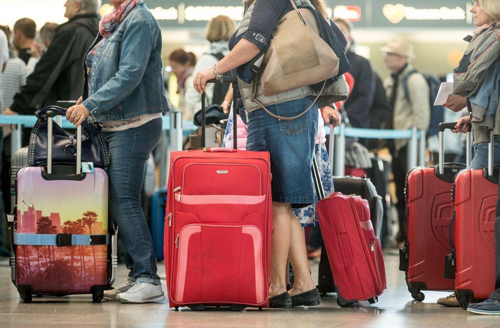 Tarifstreit Im öffentlichen Dienst Warnstreiks An Vier Deutschen