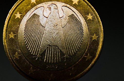 """""""Schäuble profitiert von Niedrigzins"""""""