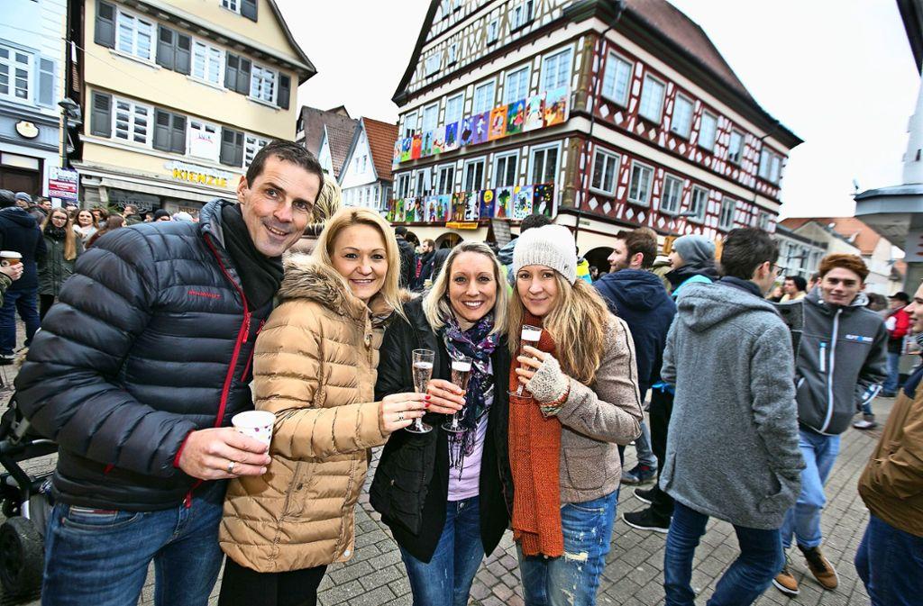 Kirchheim/Esslingen: Morgens schon Heiligabend eingeläutet ...