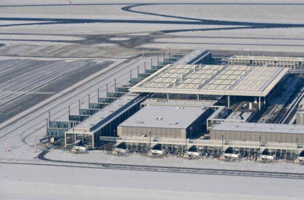 Berliner Flughafen Ber Staatsanwaltschaft Ermittelt Wegen Bauchaos