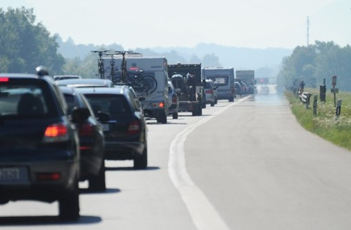 Unfall sorgt für kilometerlangen Stau
