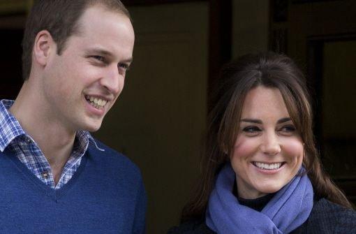 Die schwangere Herzogin Kate ist am Donnerstagmorgen aus dem Krankenhaus entlassen worden. Sie verließ das King Edward VII. Hospital im Zentrum Londons zusammen mit William. Foto: AP