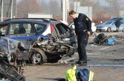 Auf der A5 bei Offenburg starb ein Geisterfahrer und fünf weitere Menschen. Foto: dpa