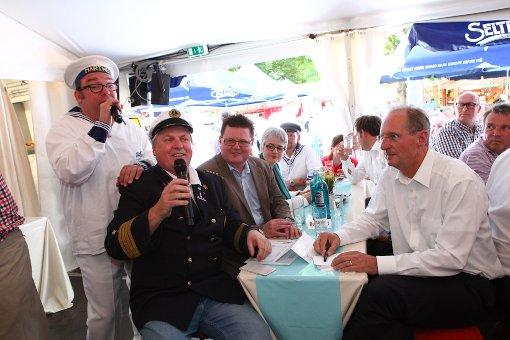 25. Hamburger Fischmarkt eröffnet
