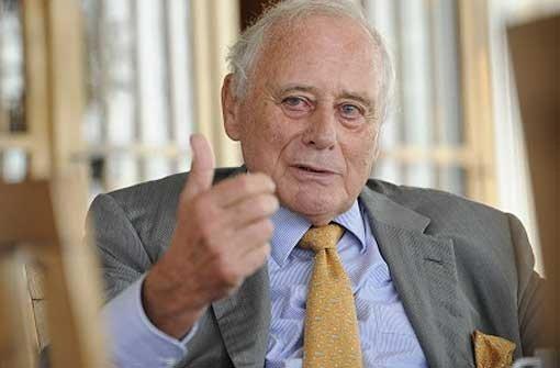 Reinhold Würth muss sein Bundesverdienstkreuz nicht zurückgeben. Foto: dpa