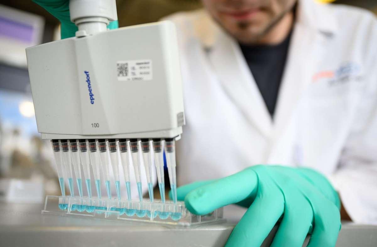 Aktien Von Biontech Curevac Und Co Borsen Wette Auf Corona Impfstoff Was Anleger Wissen Mussen Wirtschaft Stuttgarter Zeitung