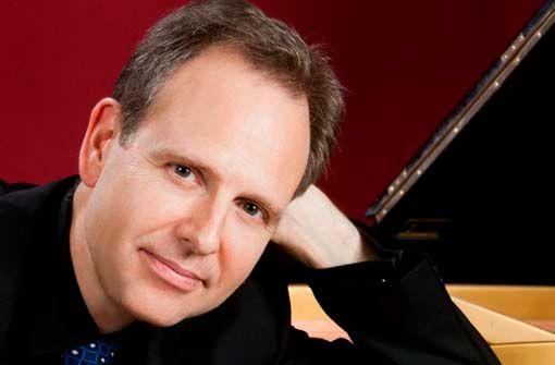 Fellbacher Rathauskonzert: Kevin Kenner (Klavier)