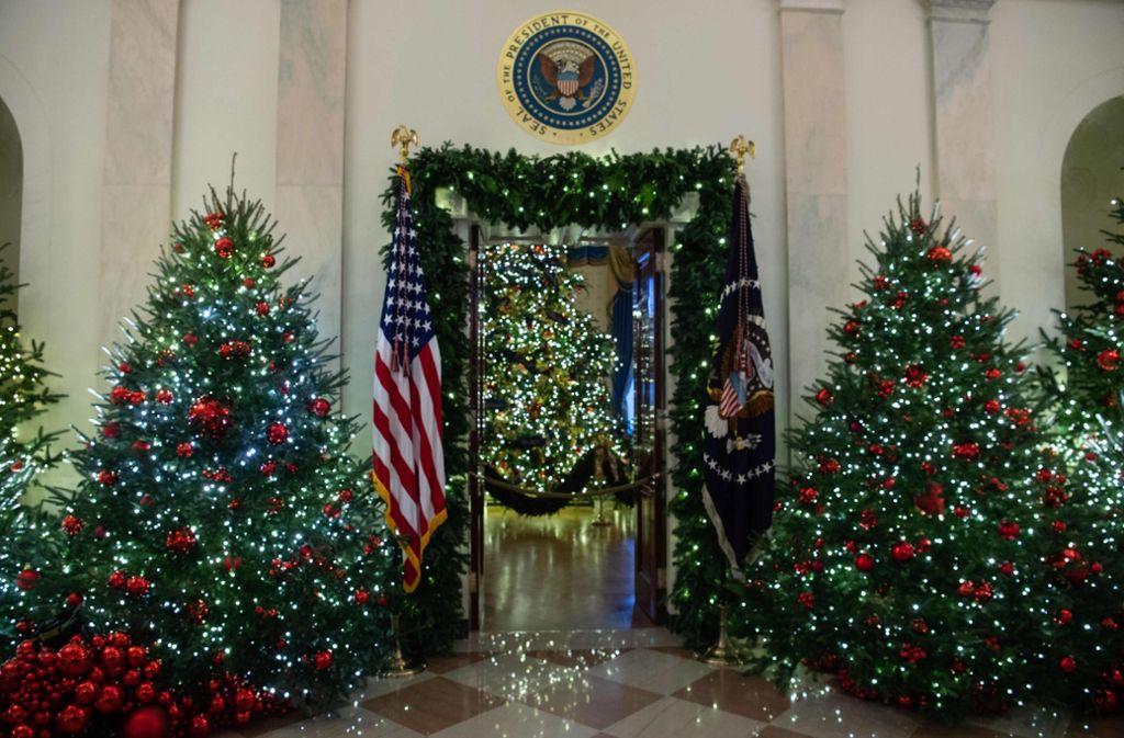Weihnachten im Weißen Haus: Melania Trump zeigt auf Twitter ihre ...