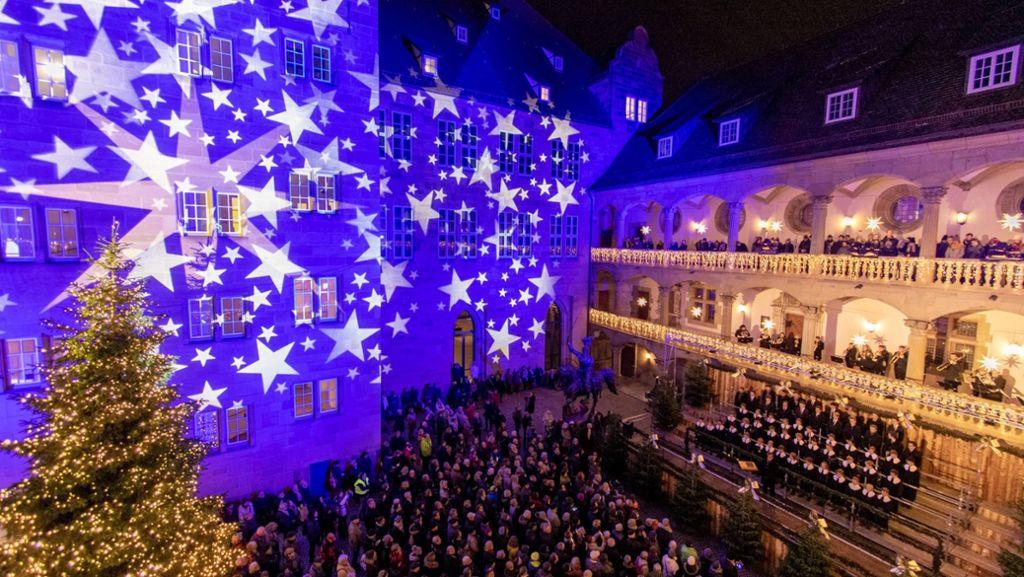 Eröffnung Weihnachtsmarkt Stuttgart 2019.Stuttgarter Weihnachtsmarkt Eröffnet 26 Tage Für Glühwein Gutsle
