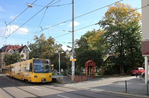 Die aus dem S-21-Widerstand entstandenen Stadtteilinitiativen haben unter anderem einen kostenlosen ÖPNV gefordert. Finanziert werden solle der mit Mitteln, die aus dem Ausstieg freiwerden. Doch OB Kuhn lehnt das ab. Foto: Achim Zweygarth