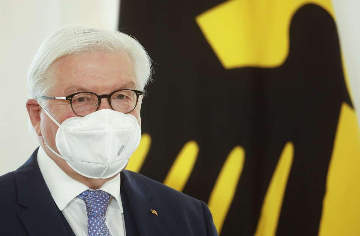 Frank-Walter Steinmeier: Bundespräsident unterschreibt Gesetz gegen Hass im Netz