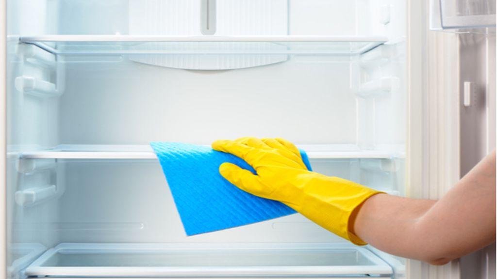 Kühlschrank reinigen in 5 Schritten (einfache Anleitung)