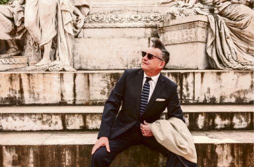Götz Alsmann kommt mit seinem aktuellen Programm ...in Rom nach Tuttlingen